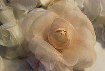 il bouquet Bignardi / Fiori di pura seta realizzati da sapienti artigiani nei nostri laboratori.