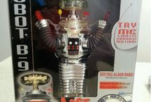 The Robot Guy / All things tin. Original and Limited Edition Reproduction Robots from the golden age of science fiction and fantasy. Robby the Robot, Lost in Space, and much much more.