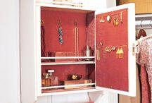 jewelry and organizaurus / by Kimberly Zwick