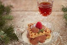 Waffles for all occasions / Creative ways to serve waffles to friends and family.
