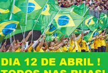 Brasil (Manifestações de 2015) / Frases, legendas, quadros e textos referentes às manifestações ocorridas no Brasil no ano de 2015.