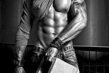 Gorgeous Men / by Tyara Nash