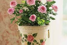 DECOUPAGE FLOWERS POTS