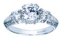 Classic Engagement Rings / Diamond Engagement Rings | Classic Engagement Rings | Classic Vintage Engagement Rings