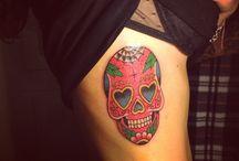 Skull / Tattoo