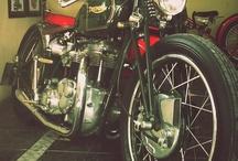Classic motorcycles / Classic & custom / by Custom Life