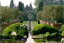 Inspiring garden designs / From designers such as Dominique Lafourcade