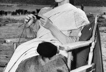 Famosos tejiendo // Celebrities Knitting
