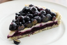Everything Blueberries / by Giniene Kamps