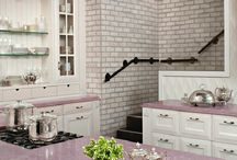 Mrs. Violet / Violet, lilac, navy blue, crimson, lavender… Your kitchen in a various shades of purple!