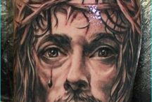 30 Awesome Religious Tattoos / Your religion plays an important role in your life and that is why you will do anything to be associated with the belief. No matter what you choose to do, religious tattoos that go hand in hand with your belief will be part of you. For example, if you are a true believer of Christ, you will want that depicts your love for Him. There can be a tattoo of Jesus in any part of your skin.
