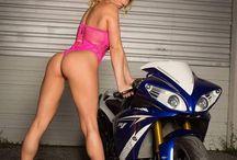 Mașini și motociclete