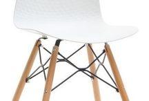 Krzesła ;)