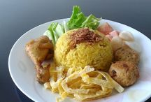 Indonesian Rice: Nasi Kuning