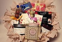 Mother's Day Baskets by Dream Weaver