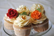 Cake & cupcakes / pops / by Elani Stanton