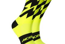 Cycling Socks / Morvélo cycling socks are lightweight and highly breathable, wicking moisture away rapidly. An anti-bacterial yarn reduces odours and light compression offers all over support.