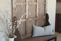 Foyer/Entryway Decor / Vintage/Industrial/Farmhouse