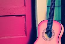 Fidella babywrap -Rock n Rolla pink splash- Inspirations / Ihr Lieben, wir möchten die Inspirationen zu unseren schönen Tüchern, gerne mit euch teilen. Viel Spaß <3 ________________________________________________________________________________________________  #fidella #fidellawraps #babywearing #rocknroll #rock #heartbyheart #babylove #babywrap #carrythem #baby #familytime #wovenwrap #toddler #babylove #keepthemclose #wearallthebabies #relax #comfy #carry #happybaby #dailycarry #family #wewearwecare #rockabilly #guitar #rockingbaby #music #pink