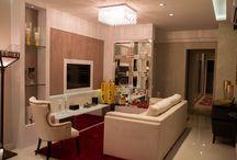 Clássico usual / O projeto deste apartamento foi planejado seguindo um estilo clássico para combinar os tapetes turcos e persas e as cadeiras pertencentes à família, com um toque de modernidade. A prioridade deveria ser a funcionalidade e o aproveitamento dos espaços.