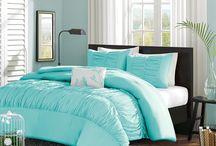 Ruffles Bedding Sets / by Lesley Stevens