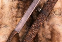 Espadas e Facas