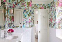 bathrooooom