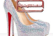 2014 Yeni Sezon Gelinlik Ayakkabısı Modelleri / 2014 yeni sezon gelinlik modelleri içerisinden sizin için seçtiğimiz gelinlik ayakkabısı örnekleri aşağıdaki gibidir.  Gelinlik ayakkabıları incelemeniz bittiğinde yorumlarınızı bizimle paylaşmanız önemle rica olunur.  http://modasihirbazi.net/gelin-ayakkabisi-modelleri-2014.html