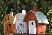 Vogelhäuschen, Insektenhotels und Feen-Schlösser