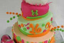 birthday cakes / by Mary Skinner