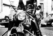 Girl moto