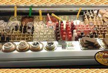 Il GeloStecco di Hansel & Gretel e non solo... / Cremini e biscotti gelato produzione propria tanti gusti dalle creme alla frutta biologica.Nuove ricette...Gelo stecco ancora più cremoso, più gustoso e più conveniente!!! Nei nostri gelati c'è assoluta assenza di emulsionanti, conservanti e coloranti.Venite a provarli...