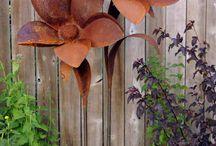 iron garden decor