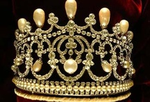 Royalty/The Crown Jewels,Fashions