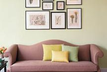 Apartment Art Arrangement / Learn how to arrange the art in your new place. http://www.apartmentshowcase.com