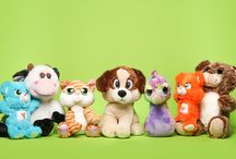 Plush Crush / Cuddle up with these adorable plushies. Whether you're a child or an adult, you will certainly fall in love with these characters.