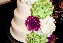 Cakes / by Savannah Pattan