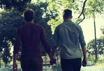 Njn :D GAY KISSING