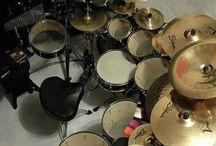 Drums & drummers