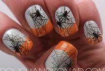 Nails / by Raquel Flax