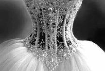 Weddings / Dresses