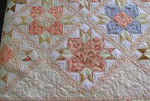 pieced, quilts / Visit Fleur de Lis Quilts at www.fleurdelisquilts.blogspot.com #fleurdelisquilts, #marymarcottequilts