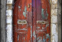 Doors / by Ana Salas