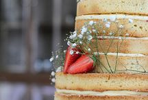 Wedding Cakes 2016 - Sam Rigby Photography / In 2016 I was lucky enough to photograph lots of amazing weddings. Here are some of the Wedding Cakes to give you ideas and inspiration. #samrigbyphotography #femaleweddingphotographer #northwestweddingphotographer #weddingphotography #weddingphotographer #weddingcakes #cakes #weddings #bride #groom #fruitcake #spongecake #caketoppers