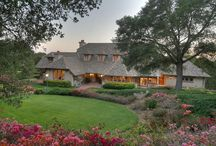 Montecito properties / Find best Montecito properties and real estate for some of the world's wealthiest business, entertainment and literary professionals, Montecito is brimming with extraordinary homes and estates.