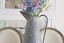 Tablescapes / Lovely ways to dress up your table.
