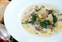Food - Soups / by Nicolina Tipaldo