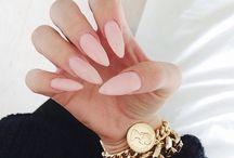 Stilleto nail love
