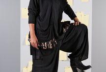 Maxi maglie - Moda Curvy / Maxi maglie morbide e fluide per vestire anche la donna curvy con eleganza ed originalità. Semplici o eccentriche, arricchite con pizzi macramè, tessuti devorè e viscose stampate. Per la sera e per il giorno ad ogniuno il suo stile. Perfette da abbinare ai pantaloni della collezione o con un leggings avvolgente.