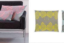 Accessories / Fischer forhandler et stort udvalg af puder, sengetæpper, håndklæder, plaider og duge.